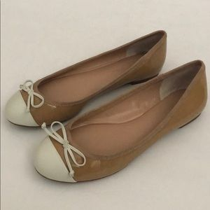 Banana Republic two-tone patent ballet flat Sz:6.5
